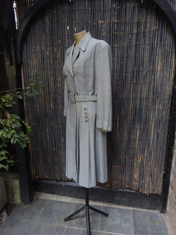 FABULOUS 1940s WORSTED COAT-40s Classic Grey Wool… - image 3
