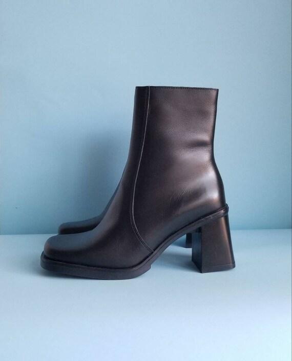 90s Boots, Minimalist Black Vegan Leather Boots, … - image 3