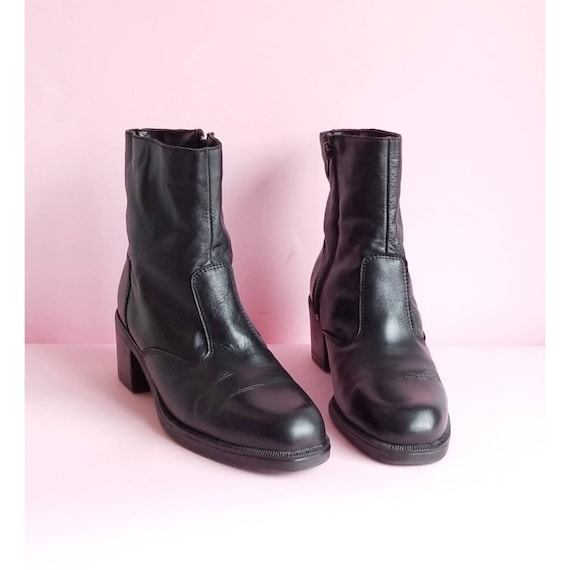 90s Black Leather Boots, Chunky Heels Leather Boot