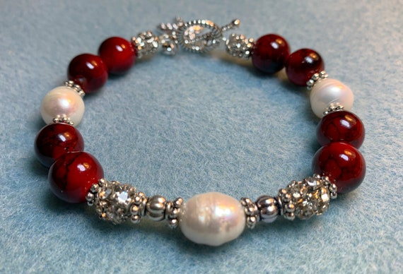 Loyal to love pearl bracelet