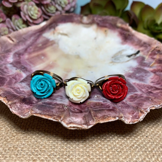 Wire wrapped large stone flower rings