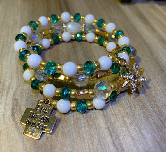 Memory wire gemstone bracelet