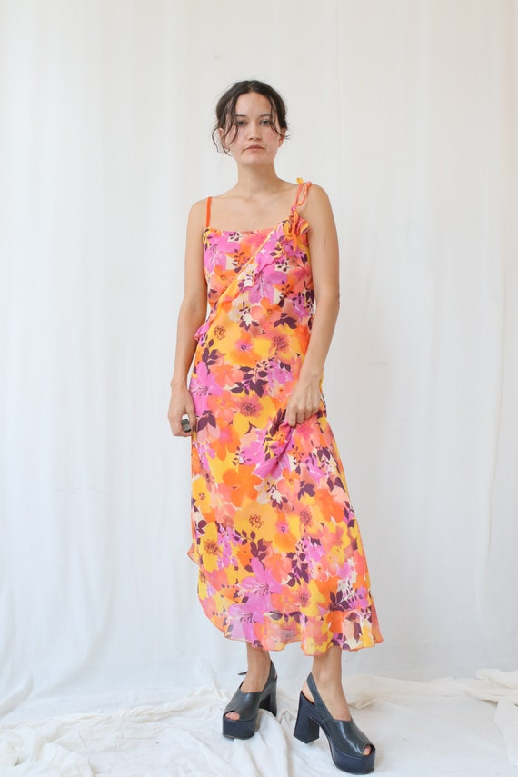 Hawaii Tropicana sunset floral orange 90s dress.