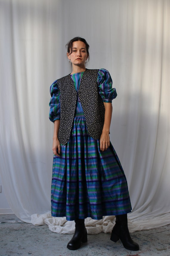The Puffiest Puff Sleeve True Vintage Peasant Dre… - image 4