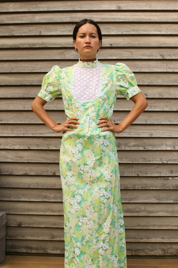 True Vintage 1970s Lime Green Floral Puff Sleeve P
