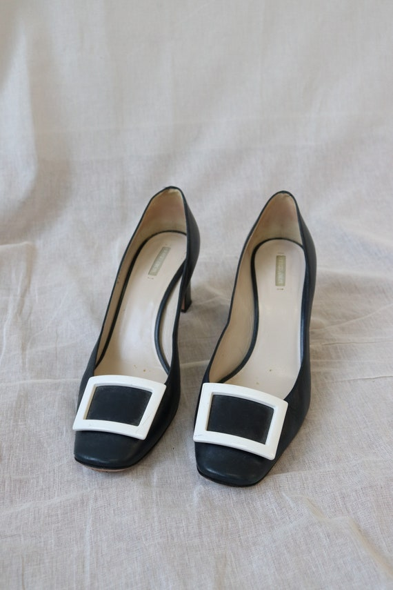 Amarni Navy Heeled Court shoes block heel and squa