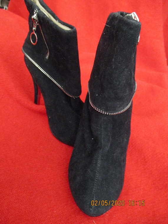 Vintage 1990S Christian Louboutin Ankle Boots Siz… - image 1