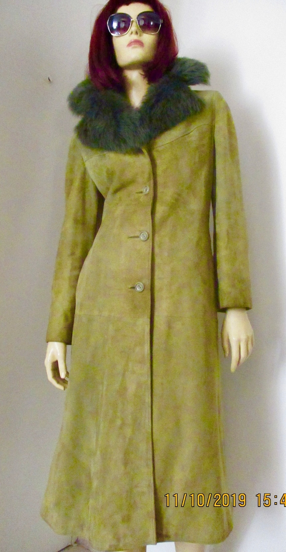 Vintage 1970S Suede Trench/Mac with Faux Fur Colla