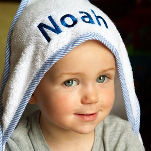 Monogrammed Baby Towel Personalized Baby Boy Gift Toddler Towel Baby Beach Towel Personalized Hooded Towel Baby Shower Gift