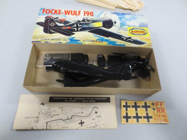 Rare 1956 AURORA 1:48 30A-69 Famous Fighters Ww2 German FOCKE-WULF 190 Model w Box