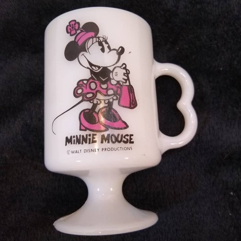Disneys Minnie Mouse Travel Mug by Disney