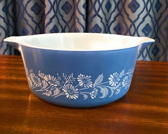 Vintage Pyrex 2 12 Quart #475-B Raffia Serving Bowl With Hugger Made in The USA