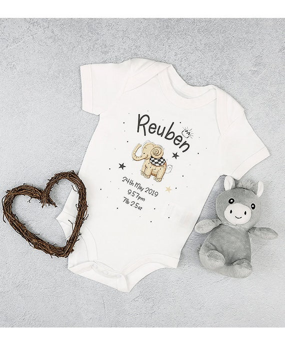 Personalised Baby Birth keepsake Hat Vest /& Babygrow Gift Set