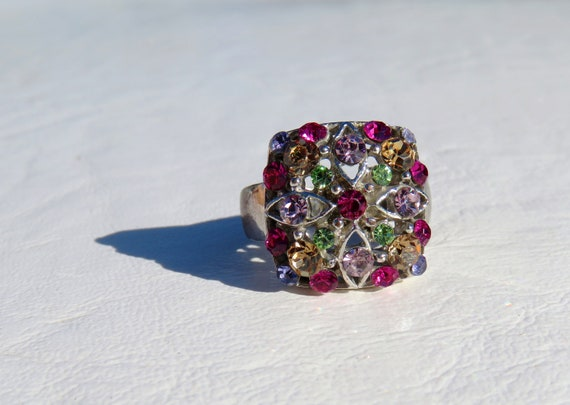 Stunning Vintage Silver Gemstone Ring // Size 7 Si