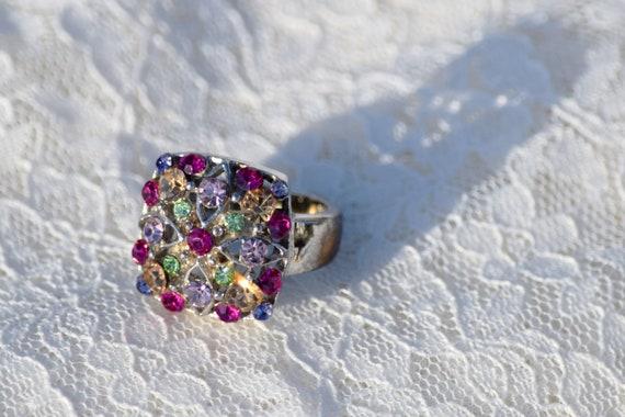 Stunning Vintage Silver Gemstone Ring // Size 7 S… - image 3