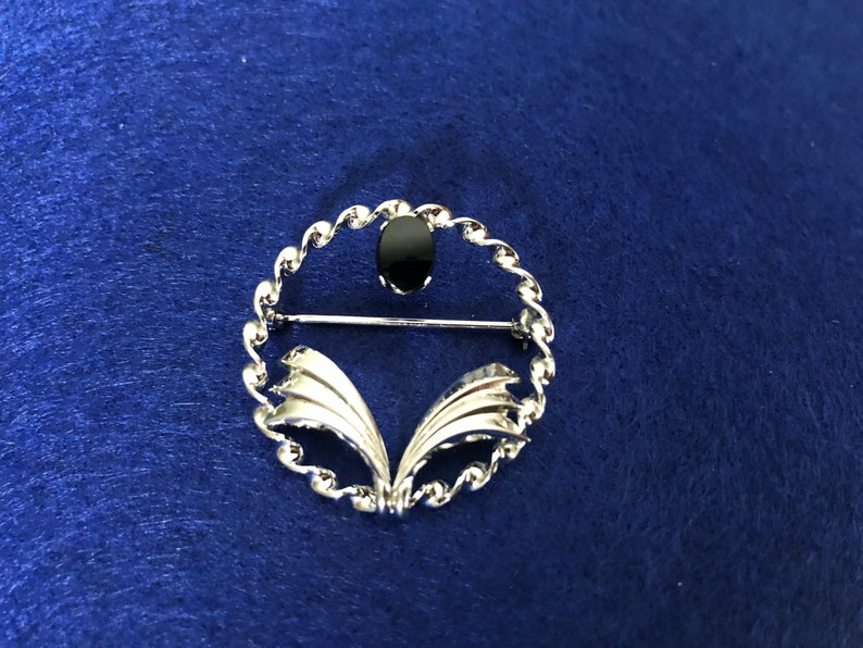 Sterling Black Onyx Stone Cabochon Round Brooch Vintage Sterling Onyx Brooch Sterling Silver Pin.