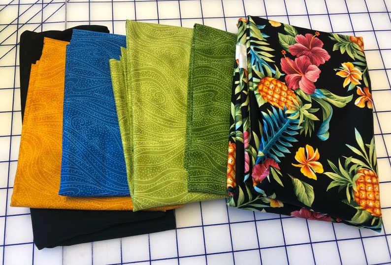 Hawaiian hugs and kisses pineapple quilt kit includes reusuable shopping bag