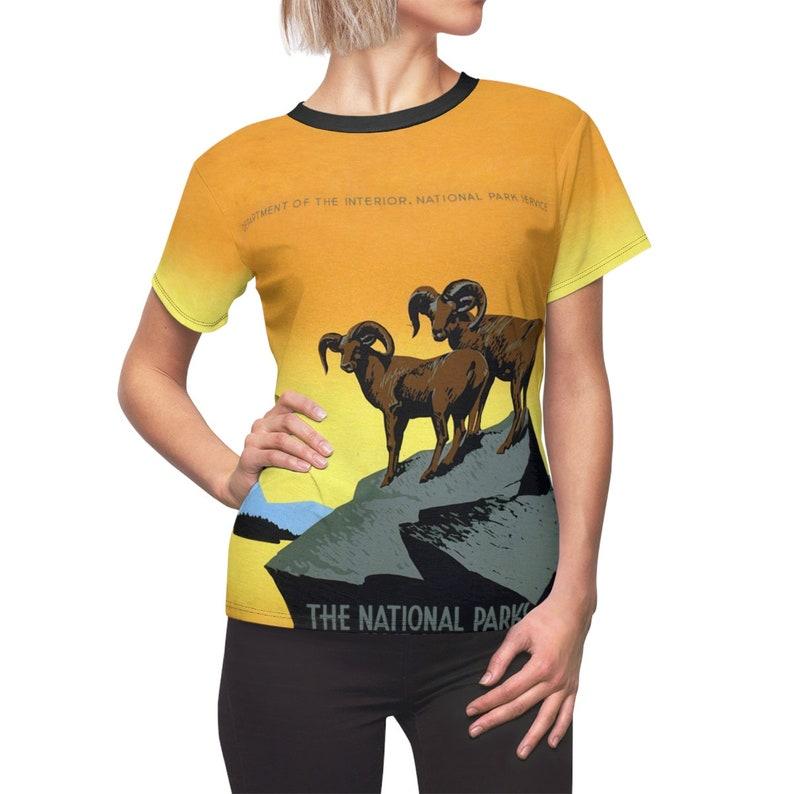 Valentine's Day / Environment / Women's / Tee T-Shirt image 0