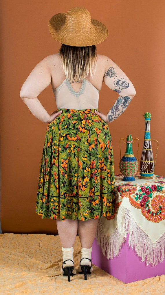 two-piece floral skirt set - image 3