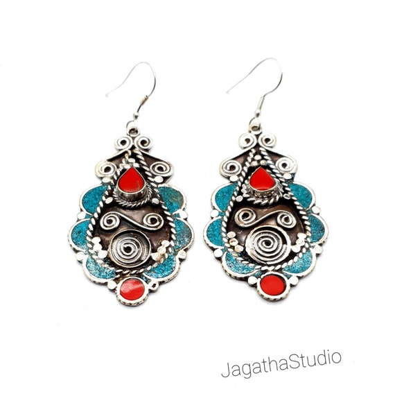 lady earrings,best friend present,bridesmaid gift., stylish red coral earrings,turquoise earrings,tribal brass earrings,nepali jewelry