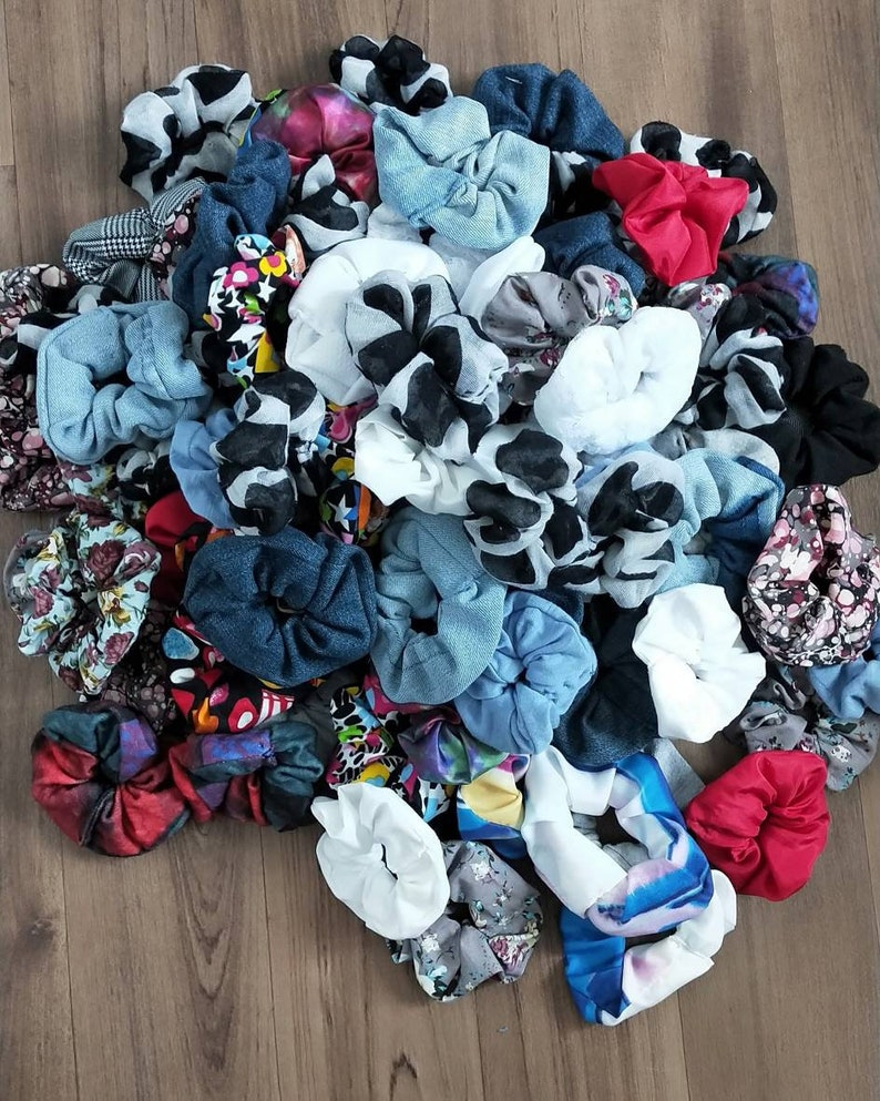 Pack of 6 Random Scrunchies