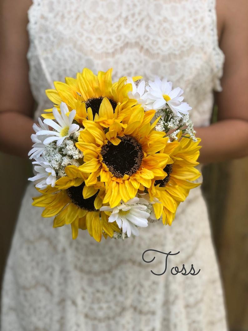 Yellow sunflowers Twine handle Burlap wedding Country wedding Budget Bouquets Spring Wedding Summer Wedding Fall Wedding