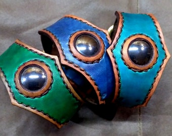 Sterling Silver Horseshoe Genuine Turquoise Chip Inlay Earrings Semi Precious