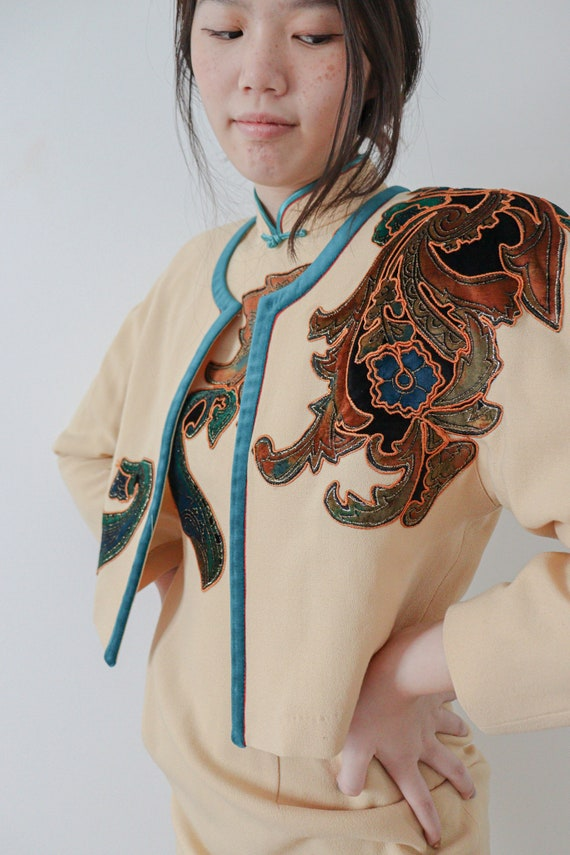 Vintage Embroidered Chinese Cheongsam / Qipao (2 p