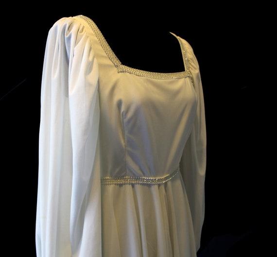 Vintage Wedding Dress | Vintage Susan Small Weddin