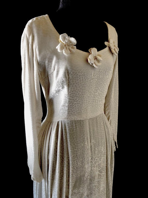 1940s Vintage Velvet Wedding Dress | Vintage Velve