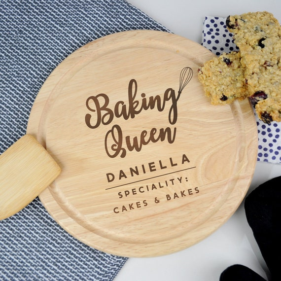 Personalised Wooden Chopping Board 'Baking Queen
