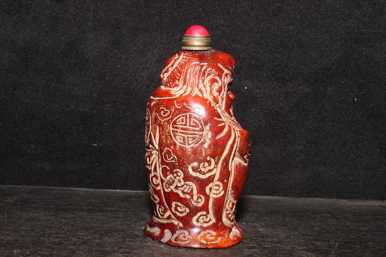The Chinese antique natural antler snuff bottle statue is pure hand carved the birthday star is exquisite and worth collecting
