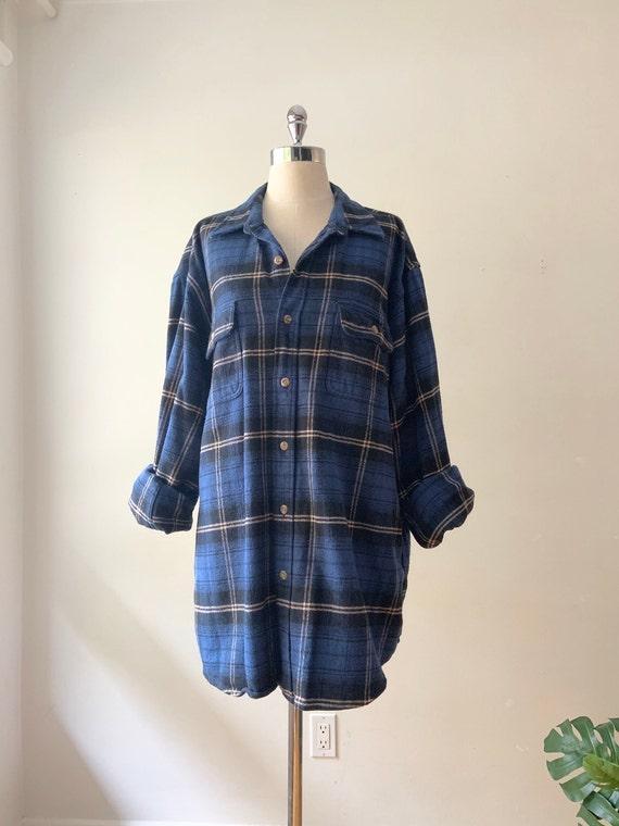 COMFY OVERSIZED FLANNEL: Plaid Shirt | Blue Flanne