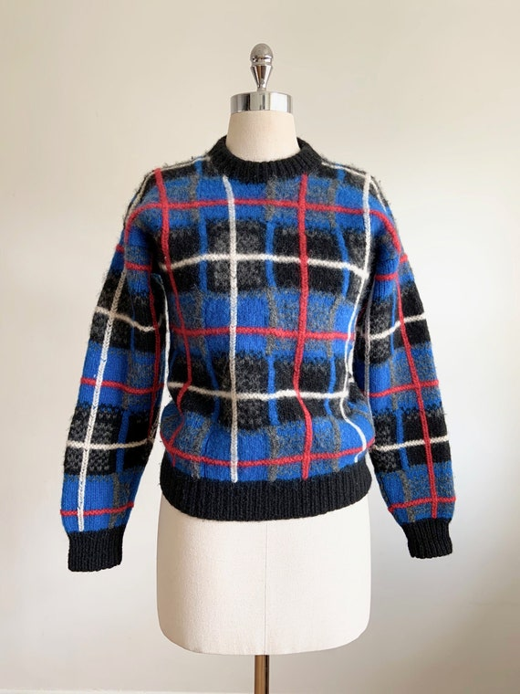 Vintage Plaid Sweater Beaver Canoe | Red Blue Blac