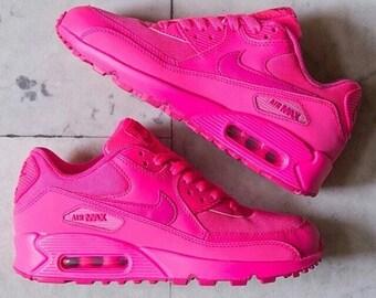 online store 13331 e85c4 New   Custom Hot Pink Nike Air Max 90