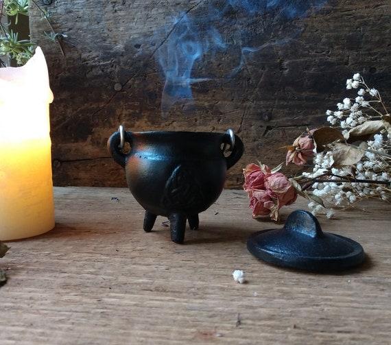 Mini Cast Iron Cauldron, Triquetra Cauldron, Witchy Mini Cauldron, Incense Burner Cauldron, Sage Burner Cauldron, Cast Iron Burner