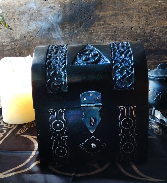 Travel Altar, Witches Mini Altar, Witchy Secret Altar, Altar Kit, Broom Closet Altar