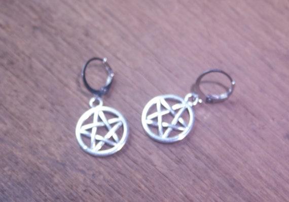Pentagram Earrings, Silver-toned Pentagram Earrings, Lever-back Pentagram Earrings