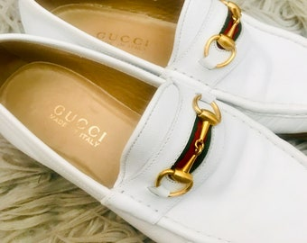 70dc6e2295d Vintage Gucci Women s Ivory White Leather Horsebit Loafers With Gucci Logo