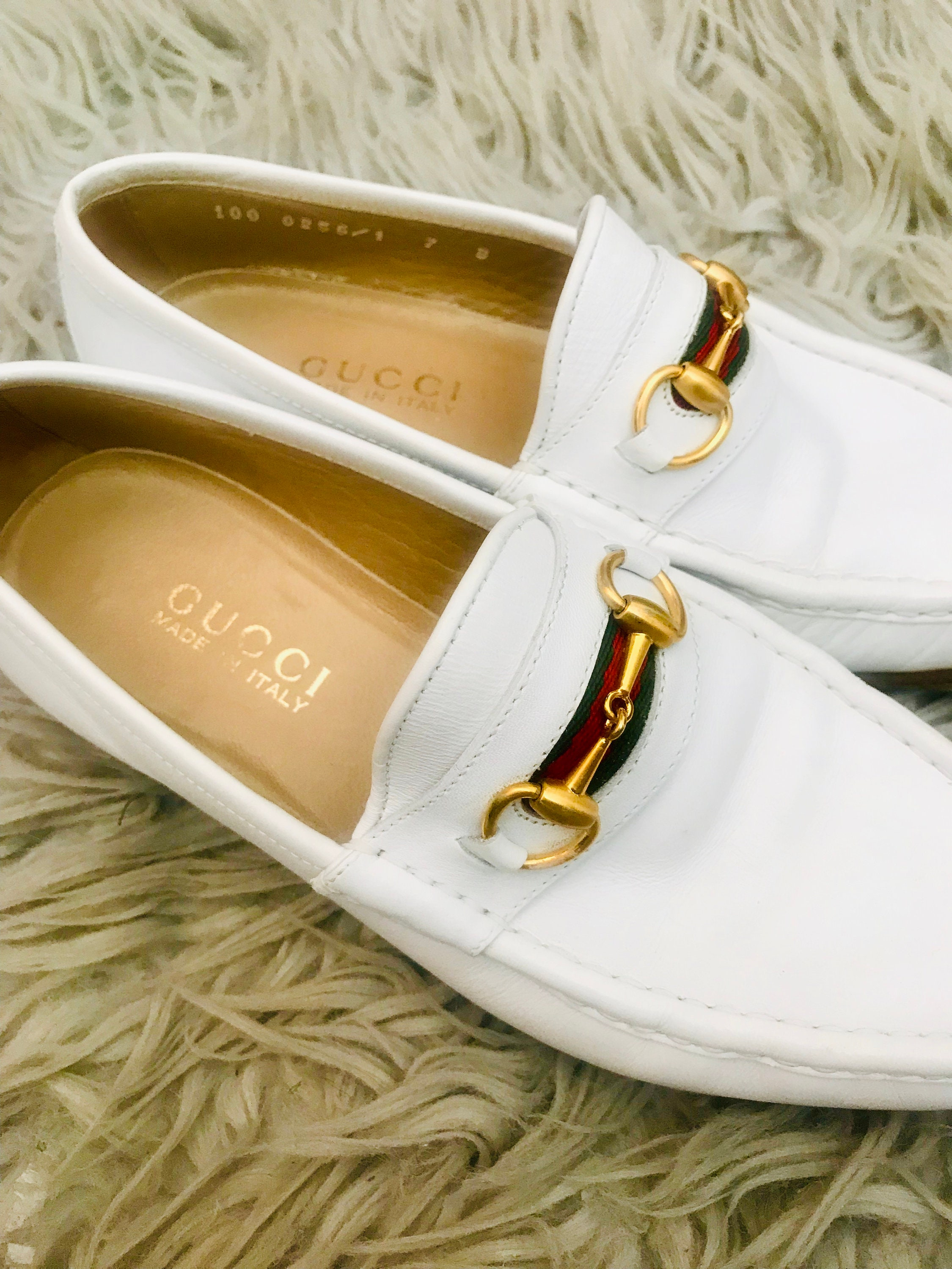 a8aff8c69 Vintage Gucci Womens Ivory White Leather Horsebit Loafers | Etsy