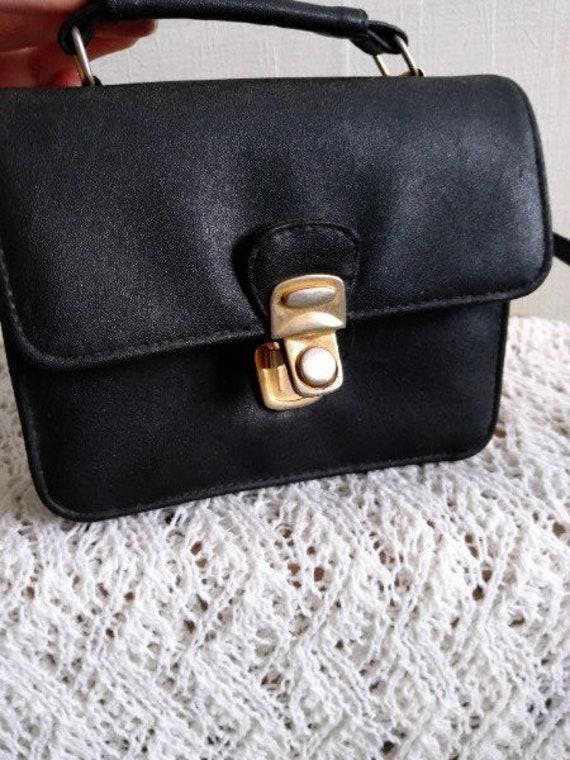 Small vintage handbag 1990s