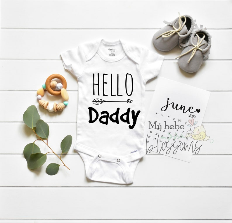 Pregnancy Announcement to Husband Bodysuit  Surprise Gift image 0