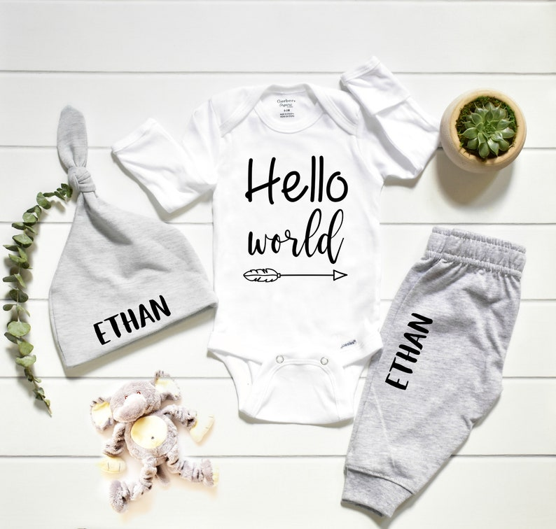 Gender Neutral Coming Home Outfit and Hospital Outfit image 0