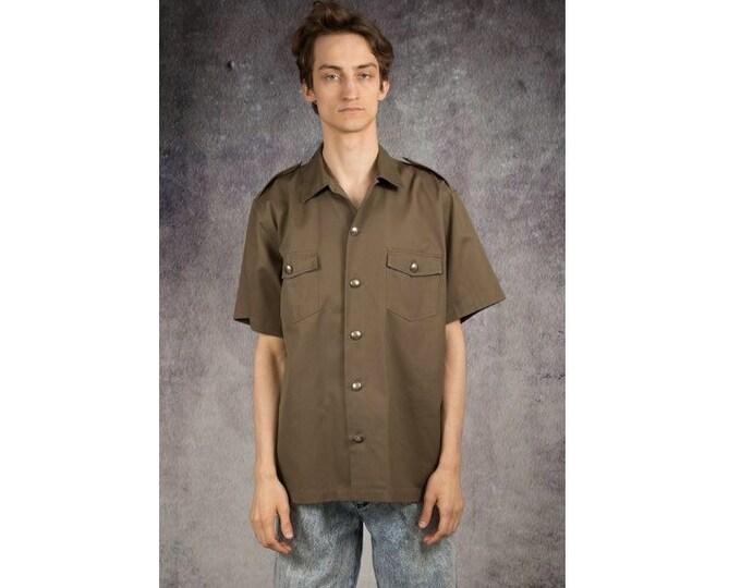 Vintage 90s military or safari style Short Sleeve khaki collar Shirt with Epaulettes  size L