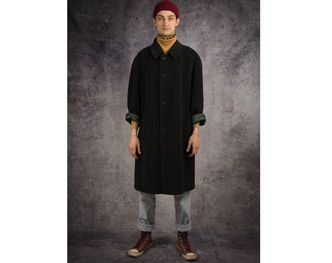 Retro 90s men's minimalist, casual, classic dark gray, rich wool coat / menswear vintage clothing