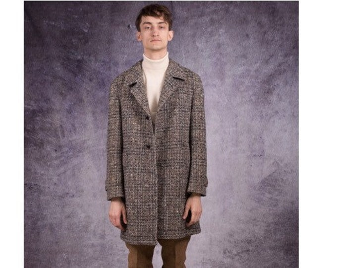 80s overcoat with notched collar, in casual style, checkered pattern in grey, brown and beige/ menswear vintage clothing by Mooha