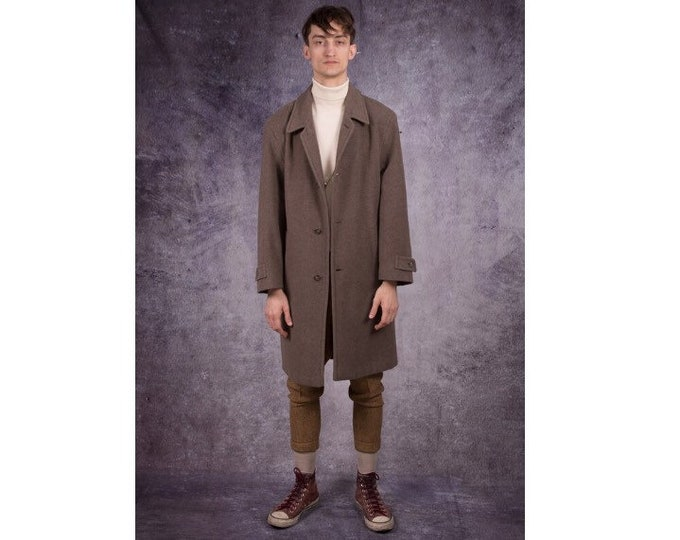 90s wool blend coat in casual style and light brown color, retro men's overcoat / menswear vintage clothing by Mooha