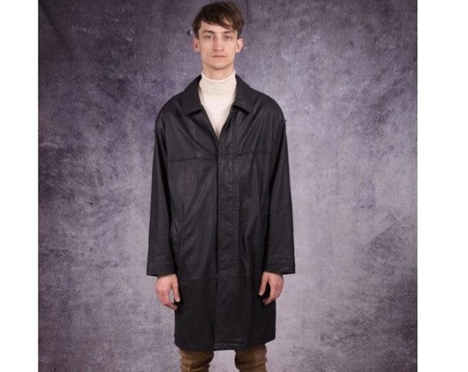 90 mens car coat, made of genuine matt leather in black color / Retro Clothing by Mooha Menswear