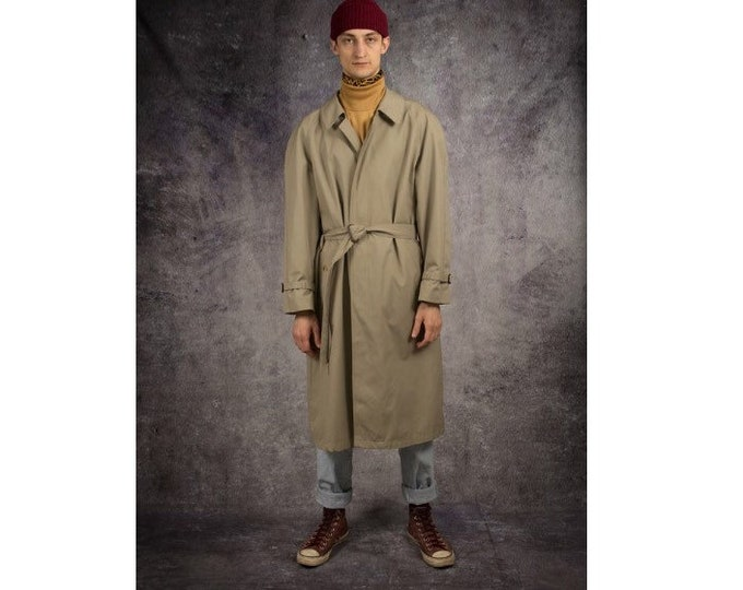 Old school 90s men's beige, classic detective trench coat / menswear vintage clothing size M