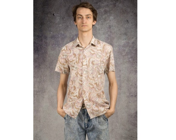 Romantic, pastel print collared shirt with short sleeves from the 90s for vintage clothing fans
